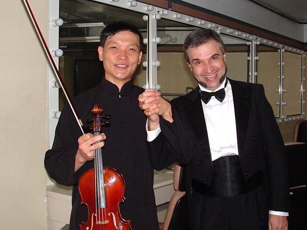 Com maestro Boyko Stoianiv depois do Concerto de Tchaikovsky